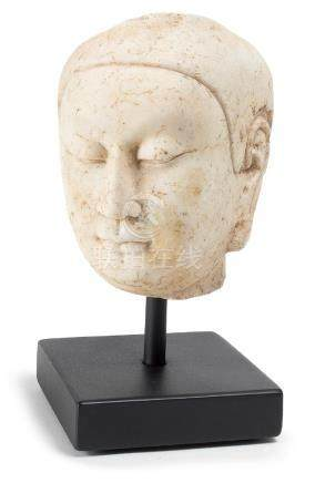 A FINELY CARVED STONE BUDDHIST HEAD