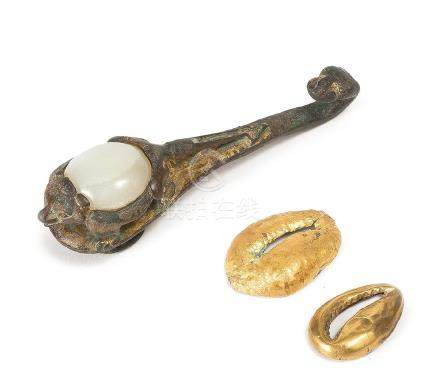 A WHITE JADE INLAID BRONZE BELT HOOK AND TWO