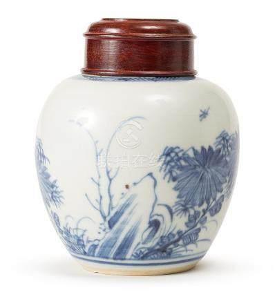 A BLUE AND WHITE TEA JAR