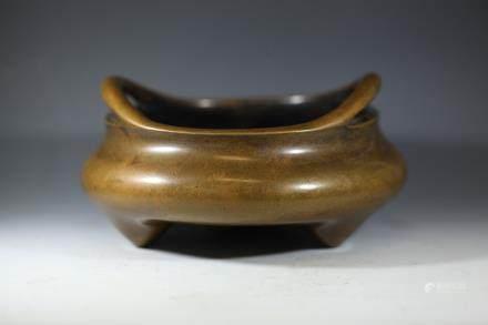 大明宣德年製款铜香炉