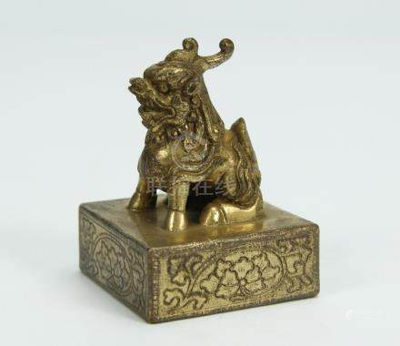 Archaic gilt bronze seal beast finial