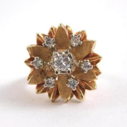 DIAMOND AND FOURTEEN KARAT GOLD RING, with six rou
