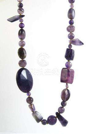 AMETHYST AND PURPLE AGATE BEAD NECKLACE, hand knot