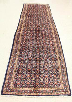 HAND KNOTTED PERSIAN HALL RUG, overall Herati flor