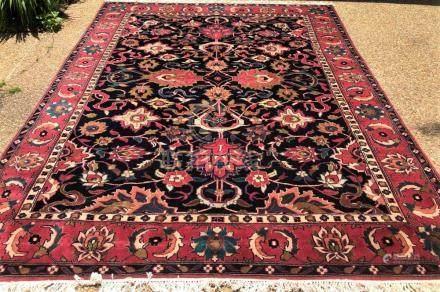 PERSIAN KASHAN RUG – 8.5 x 10.10 - VINTAGE - 40+YEARS OLD (1