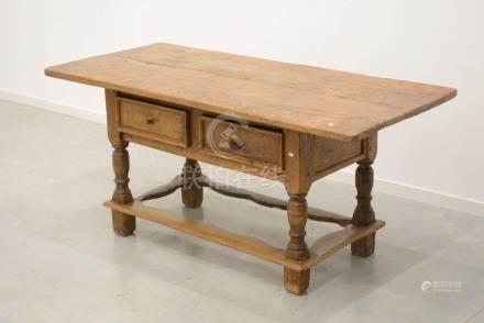 Table espagnole à deux tiroirs (Ht 70 x 160 x 74cm)