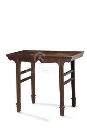 十七世紀  黃花梨酒桌