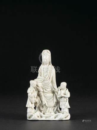 十八世紀 德化窯白瓷觀音配金童玉女坐像