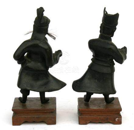 Two Chinese Ming bronze figures, possibly Fu & Lu, from the Sanxing group, the largest 15cms (