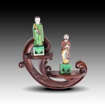 SANCAI GLAZE FIGURES ON WOOD STAND, 19-20TH CENTURY