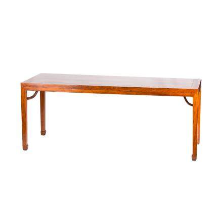 A HUANGHUALI PAINTING TABLE (Y)