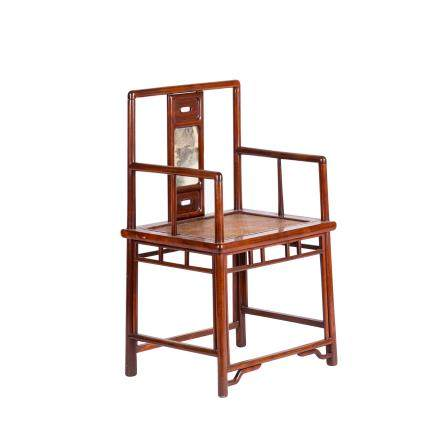 A HUANGHUALI CHAIR (Y)