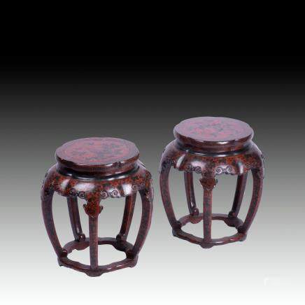 A PAIR OF LACQUER STOOLS