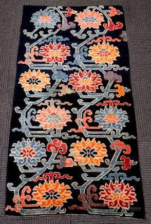 Good Tibetan Wool Lotus Flower Carpet