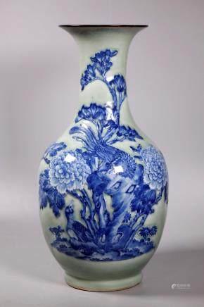 Chinese 19 C Blue & White & Celadon Porcelain Vase
