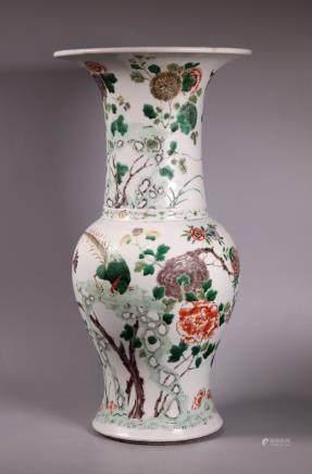 Chinese Qing Dynasty Famille Verte Porcelain Vase