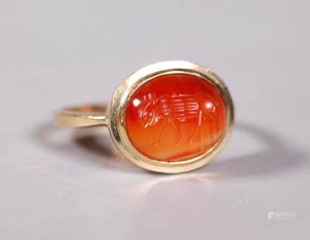 Roman Cabochon Agate Wolf Intaglio 18K Ring
