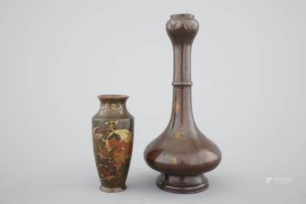 Two fine Japanese bronze vases, 18/19th C.