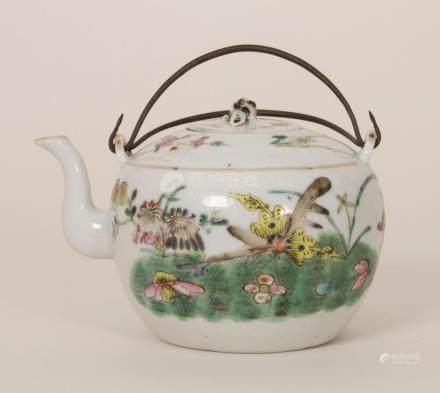 Teekännchen / A tea pot, China 19. Jh