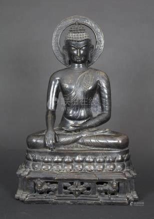 Buddhafigur 'Shakyamuni' / A buddha figure 'Shakyamuni', Tib