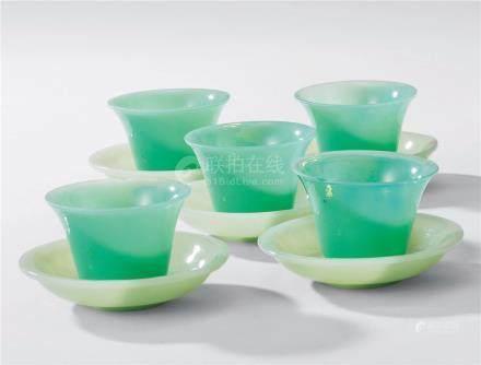 清 料器杯皿 (一组)