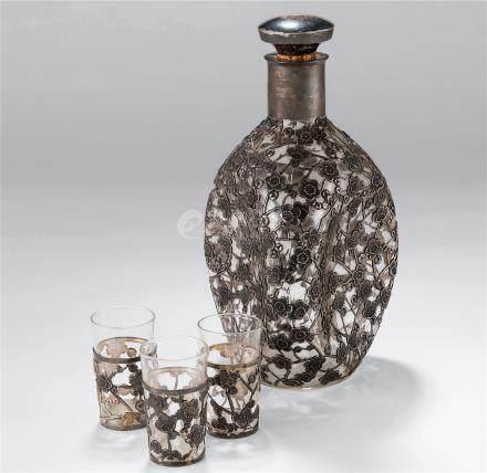 玻璃包银酒具 (一套)