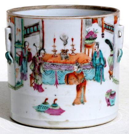 A 19th century Chinese famille rose brush pot decorated with figures, 13cms (5ins) high.