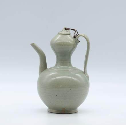 CHINESE CELADON GLAZED WINE EWER