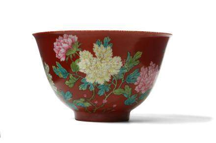 A CHINESE FAMILLE ROSE 'PEONIES' BOWL.