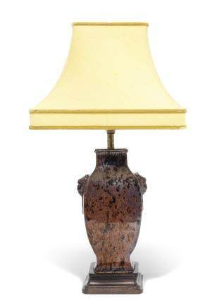 A CHINESE PORCELAIN FACETED VASE, MOUNTED AS A TABLE LAMP