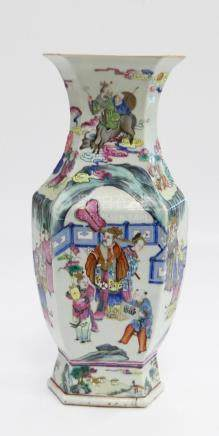 CHINESE DAOGUANG FAMILLE ROSE HEXAGONAL FORM VASE