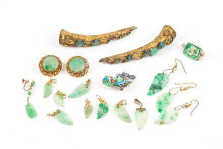 MIXED LOT OF ASSORTED CHINESE JEWELLERY