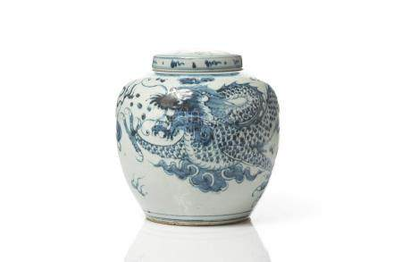 CHINESE BLUE & WHITE PORCELAIN DRAGON COVERED JAR