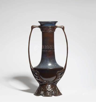 Große Vase von Otto EckmannKeramik / Porzellan (?), blaue und manganfarbene Scharffeuerglasur mit