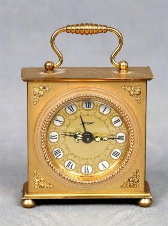 Reloj despertador alemán, de viaje.