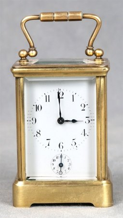 Reloj despertador francés de viaje.