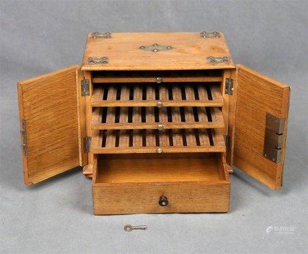Caja purera inglesa, época 1920-1940.