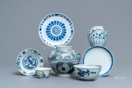 A varied collection of Chinese blue and white porcelain, Ming