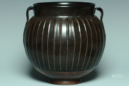 A SONG DYNASTY HENAN BLACK GLAZED RIBBED JAR