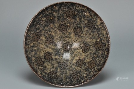 A SONG DYNASTY JIZHOU PAPERCUT PRUNUS BOWL