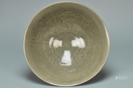 A LARGE SONG DYNASTY MOLDED YAOZHOU BOYS BOWL