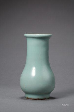 A Chinese Longquan Celadon Porcelain Vase Song