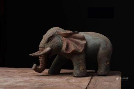 AUSPICIOUS NAMU WOOD CARVING ELEPHANT