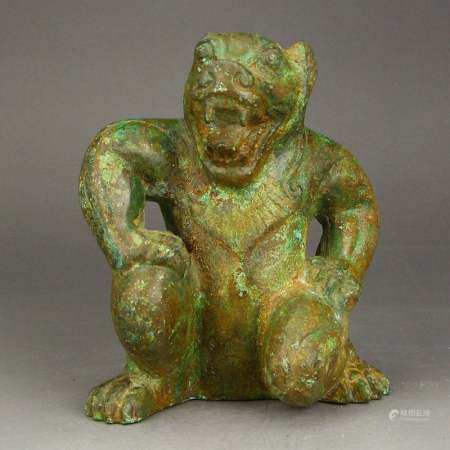 Vintage Chinese Bronze Bear Statue