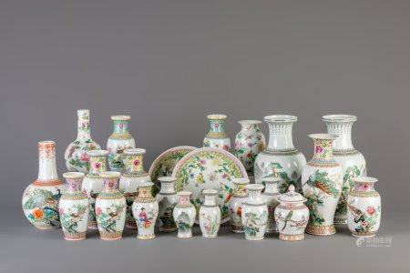 A large varied collection of Chinese famille rose porcelain, 20th C.
