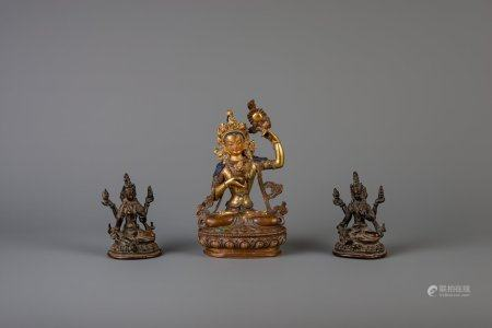 Three Chinese bronze figures of Buddha, 19th/20th C.