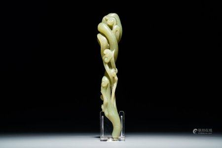 A Chinese pale green jade model of a lingzhi scepter, 19/20th C.