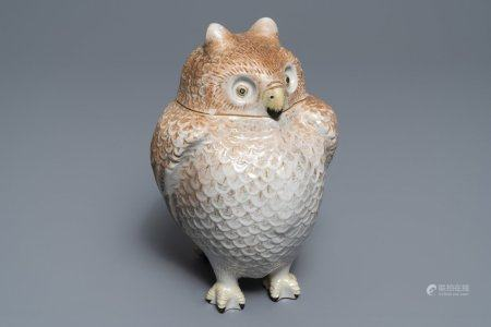 A Japanese porcelain owl jar and cover, Meiji, 19th C.