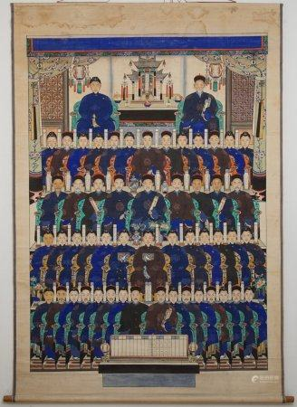 A large Chinese 'ancestor' scroll painting, 18th/19th C.