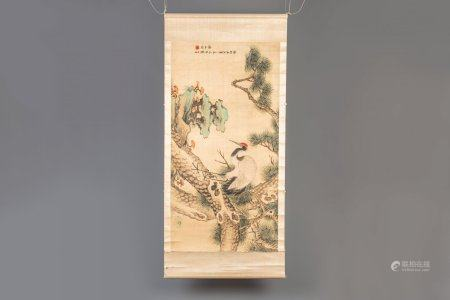 A Chinese silk scroll painting with a crane among pines, signed, 19th/20th C.